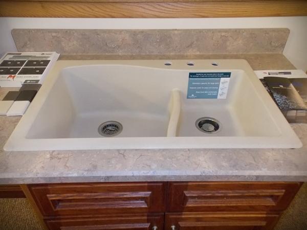 Kitchen sink ideas kitchen remodeling company sheboygan for Bathroom remodeling manitowoc