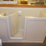 swinging door walk-in bathtub on display in Manitowoc